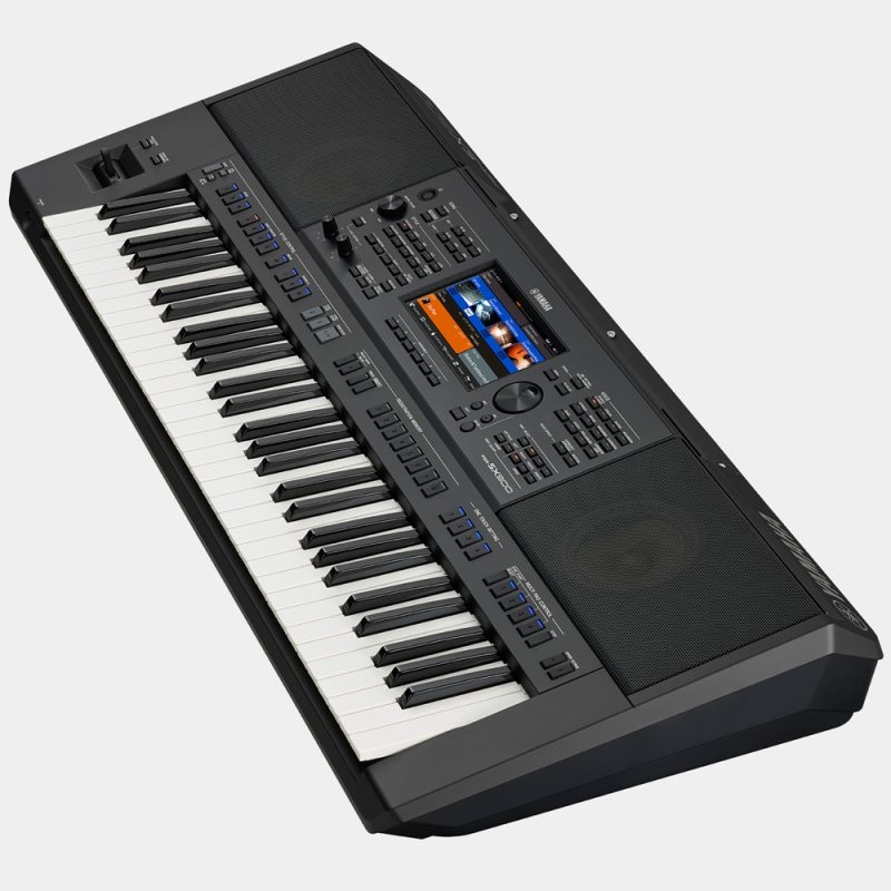 Yamaha_PSR_SX900_2